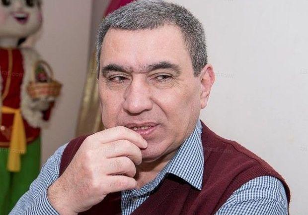 Rəhman Rəhmanovun ayaqları tutuldu - FOTO