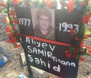 Ana 28 il sonra oğlunun məzarına qovuşdu - FOTO