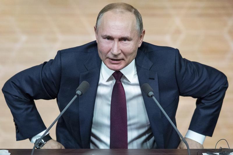 Putin yaxın ətrafındakı bir neçə nəfərin COVID-19-a yoluxmasından sonra özünü təcrid edib